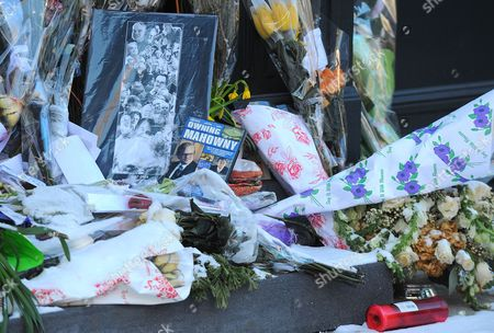 Makeshift memorial for Philip Seymour Hoffman in front of his apartment
