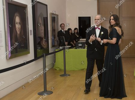 Sandy Nairne and Catherine Duchess of Cambridge with her portrait