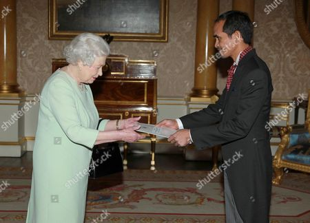 Editorial image of Credentials presented at Buckingham Palace, London, Britain - 14 Feb 2014
