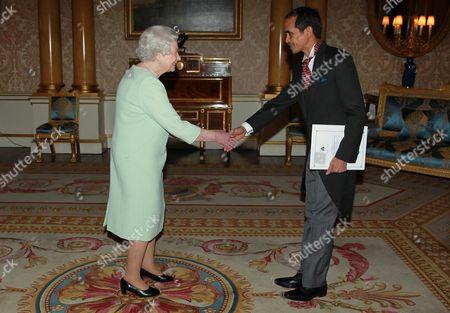 Stock Photo of Queen Elizabeth II with Joaquim da Fonseca, Ambassador for the Democratic Republic of Timor-Leste