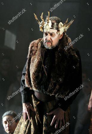 'King Priam' - Roderick Earle as Priam