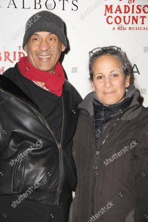 Raoul Roach, Gina Belafonte
