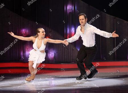Kyran Bracken and Nina Ulanova during the skate off