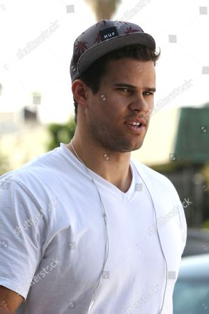 Kris Humphries with friends