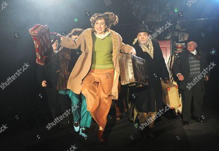 Frances Ruffelle as Bella, Isy Suttie as Mrs P, Michael Matus as Sandor