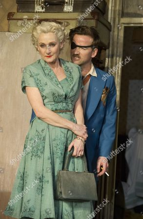 Lesley Sharp as Helen, Dean Lennox Kelly as Peter