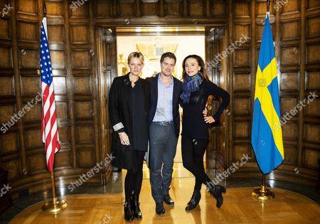 Josephine Bornebusch, Greg Poehler, Lena Olin