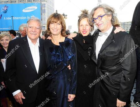 Sherry Hormann, Michael Ballhaus, Donata and Wim Wenders on the Boulevard der Stars, Potsdamer Platz, Berlin