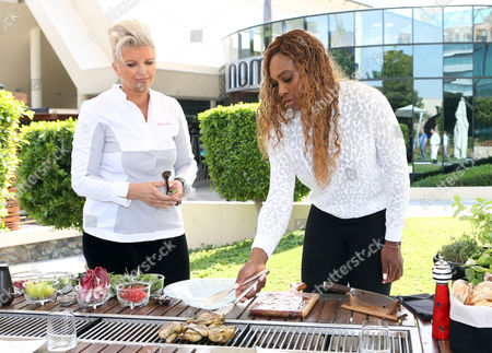 Stock Photo of Silvena Rowe and Serena Williams