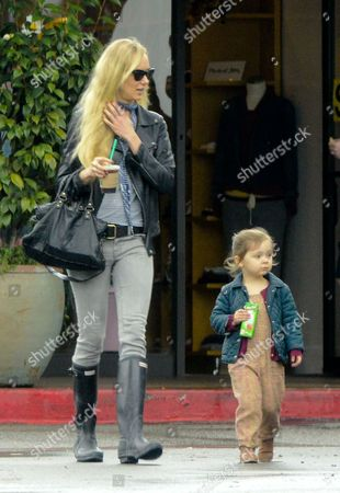 Kimberly Stewart with daughter Delilah Del Toro