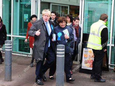 Boris Johnson (left) Visits Asda In Chandlers Ford Eastleigh To Join Maria Hutchings (right) The Conservative Candidate For The Eastleigh By-election To Replace Chris Huhnes Seat.chandlers Ford  UK  20/02/2013 Hampshire 2013.