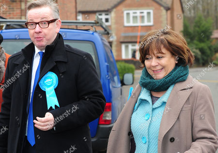 Michael Gove Secretary Of State For Education Whilst Out Canvassing With Conservative Candidate Maria Hutchings. Candidates Pull Out All The Stops In The Build Up To The Eastleigh By Election On Thursday 28th Of February 2013 As They Campaign Across The Constituency By Canvassing Scheduled Appearances And High Profile Party Members. Eastleigh  UK  26/02/2013 Hampshire 2013.