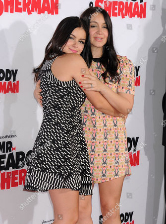 Ariel Winter and sister Shanelle Gray