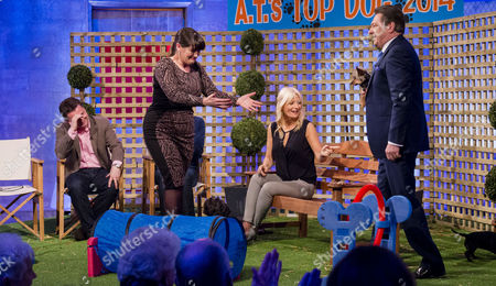 Jodie Prenger, Chris Hollins, Matthew Wright and Gaby Roslin with Alan Titchmarsh