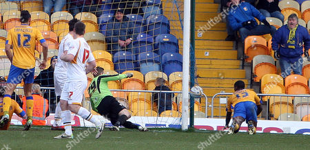 Anthony Howell heads home Mansfield's winning goal