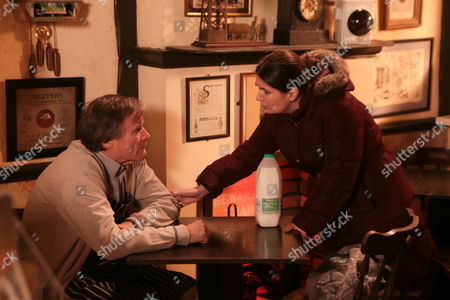 Ep 8309 Monday 27 January 2014 - 1st Ep Fiz Stape, as played by Jennie McAlpine, overhears Anna Windass, as played by Debbie Rush, and Roy Cropper, as played by David Neilson, talking about Hayley's death and suspects Hayley's death wasn't all it seemed.