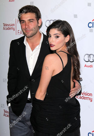 James Wolk, Amanda Setton