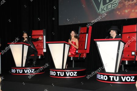 Prince Royce, Natalia Jimemez and Roberto Tapia