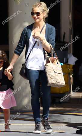 Sarah Michelle Gellar takes Charlotte Grace Prinze to ballet class
