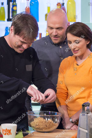 Jonny Owen and Vicky McClure with Simon Rimmer