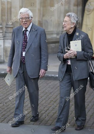 Stock Picture of Geoffrey Howe and Elspeth Howe