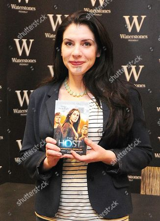 Pictured: Stephanie Meyer Author Of The Twilight Saga Signs Copies Of Her Book The Host In Piccadilly Waterstones London Ahead Of The Release Of The Film. The Book Was First Published In 2008. Fans Had Been Queueing Up Since 5am To Get A Copy Signed.