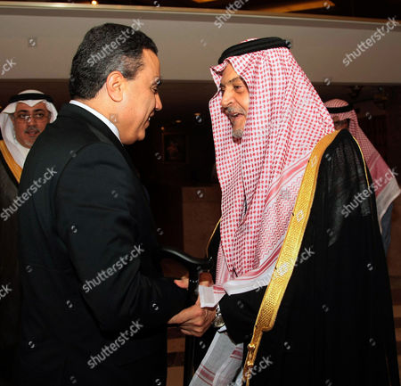 Saudian Foreign Minister Prince Saud al-Faisal welcomes Tunisian Prime Minister Mehdi Jomaa at the Riadh Conference Palace