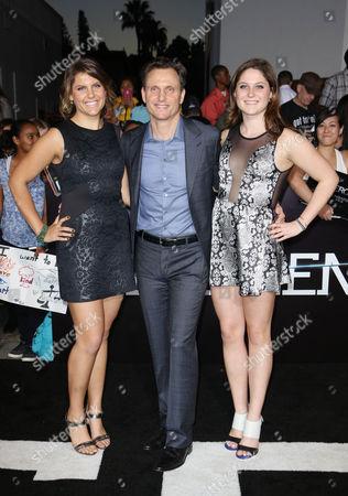 Tony Goldwyn and daughters Anna Musky-Goldwyn, Tess Goldwyn