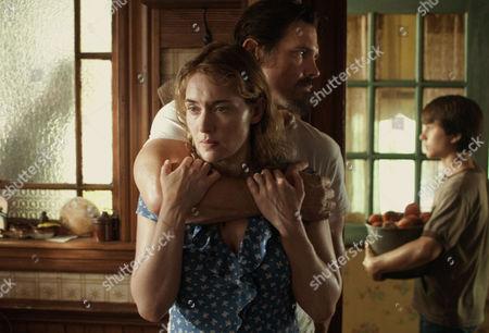 Kate Winslet, Josh Brolin, Gattlin Griffith