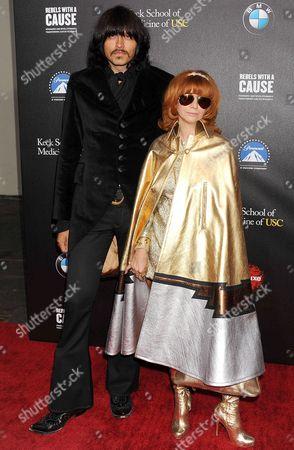 J. D. King ; Linda Ramone