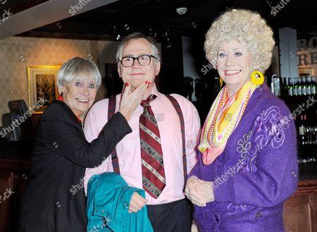 Liz Dawn with the Vera and Jack Duckworth (Bill Tarmey) wax figures