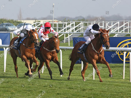 GRAPHIC and Seb Sanders Win The Doncaster Mile Stakes DONCASTER LINCOLN DAY