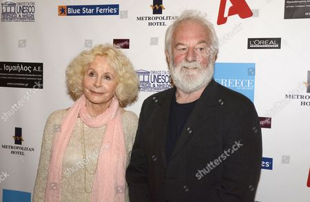 Sarah Miles and Bernard Hill