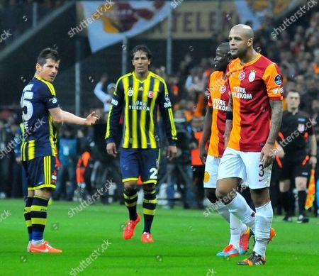 Editorial photo of Galatasaray v Fenerbahce, Turkish Super League football match, Istanbul, Turkey - 06 Apr 2014