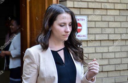 Aimee Pistorius leaving North Gauteng High Court for a lunch break