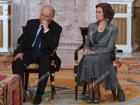 Enrique V. Iglesias ; Queen Sofia
