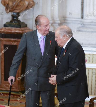 King Juan Carlos ; Enrique V. Iglesias