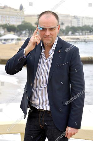 David Hewlett wearing Google Glasses