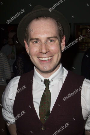 Tom Robertson (Couttsey/Clive/Sir Michael)