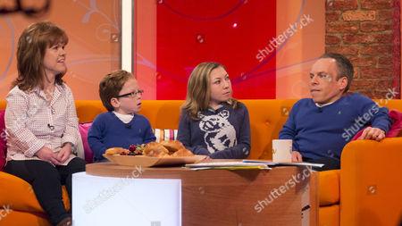 Warwick Davis, his wife Samantha Davis and children Annabel Davis and Harrison Davis