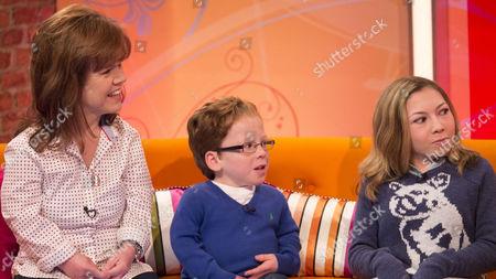 Samantha Davis with children Harrison Davis and Annabel Davis