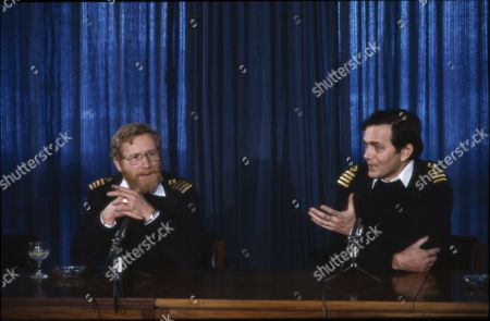 Capt Robin Green, Capt. of Sir Tristram- re: Falkland Conflict. With Capt. P. Roberts.