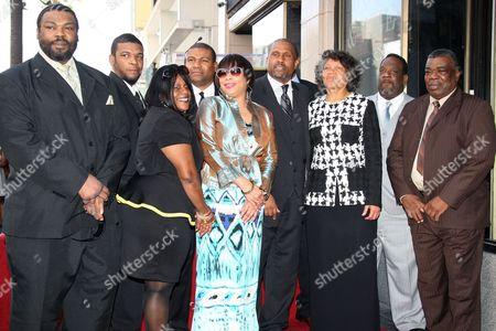 Tavis Smiley and family