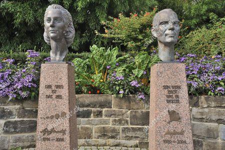 Busts of Count Lennart Bernadotte of Wisborg and Countess Sonja Bernadotte of Wisborg, by artist Waldemar Schröder, Mainau, Baden-Württemberg, Germany