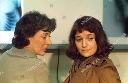 ALISON FISKE AND MARGARET WARD IN 'HELEN A WOMEN OF TODAY' 1973