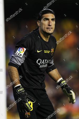 Jose Manuel Pinto of Barcelona