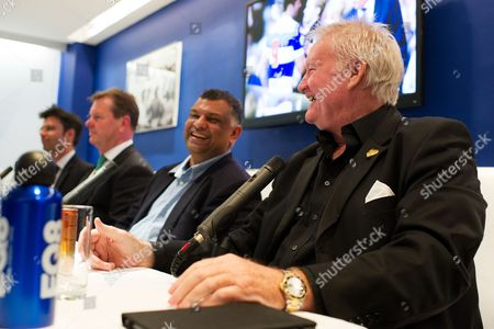 Former QPR player Rodney Marsh answers questions a fan forum