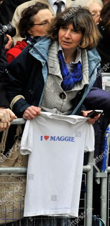 Woman With Maggie T shirt In The Crowd Funeral Of Baroness Thatcher At St.paul's Cathedral London. 17/4/13.