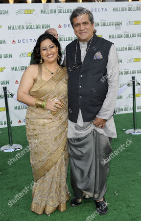 Darshan Jariwala and wife