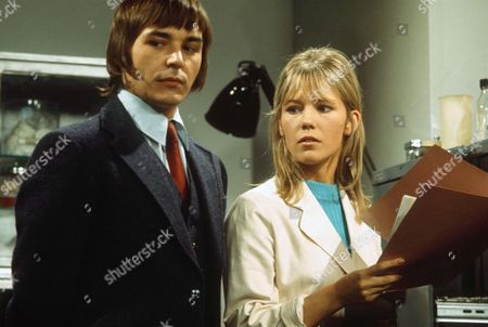 TESSA WYATT AND BARRY EVANS IN 'DOCTOR AT LARGE' 1971
